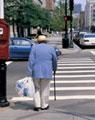 Palestra e oficina com idosos sobre a vida na cidade